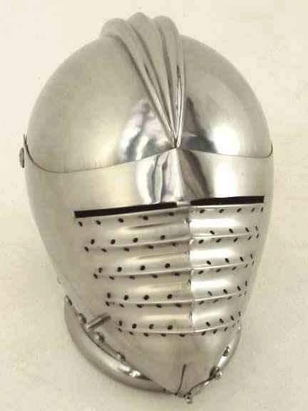 Maximilian Close Helmet